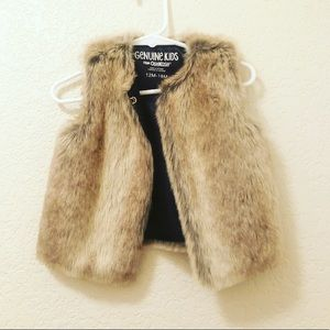 Other - Little girl fake fur vest